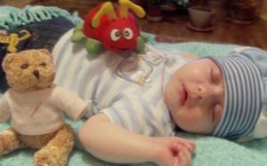 Предприниматель Ренато Усатый пожертвовал 160 000 лей на лечение 2 малышей (по материалам сайта adevarul.md)