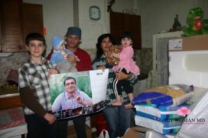 Ренато Усатый помог многодетной семье из Страшен