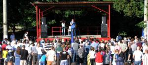 ВИДЕО // Жители Дондюшан – Ренато Усатому: «Верните Молдове ее доброе имя!»