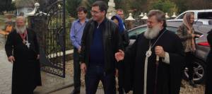 Ренато Усатый передал икону с мощами блаженной Матроны Единецкой и Бричанской епархии
