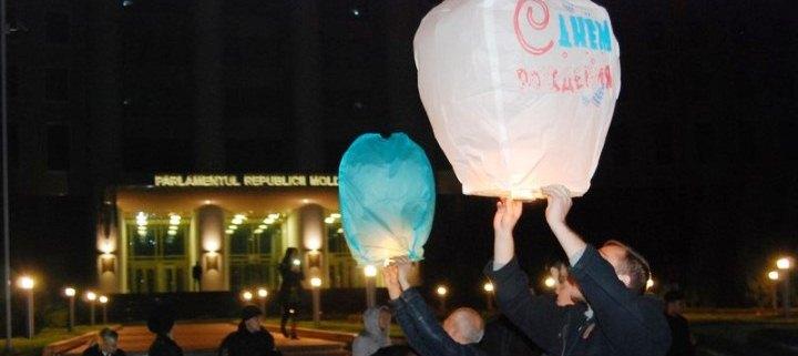 (ВИДЕО, ФОТО) «Городок Молдовы»: Ренато, с днем рождения! Мы тебя любим!
