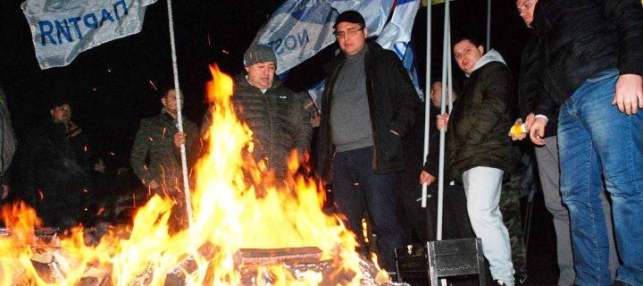 (ВИДЕО) Наша Партия осаждает резиденцию Николая Тимофти в Кондрице