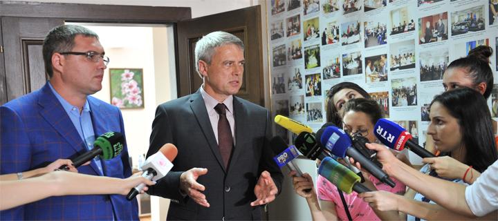 Чубашенко: Первым шагом избранного президента должен стать указ о роспуске парламента