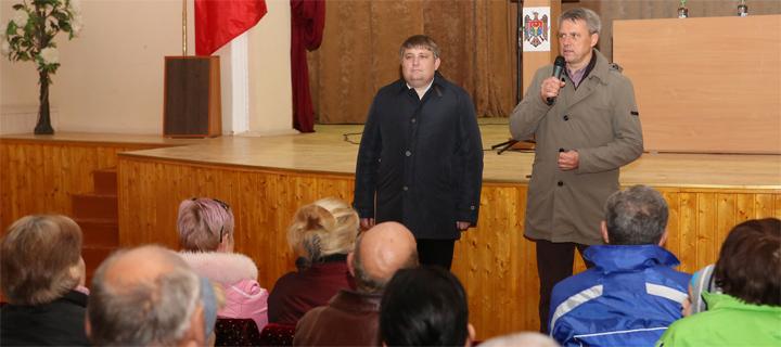 Чубашенко в Фалештах: Плахотнюк обезумел от страха перед Усатым