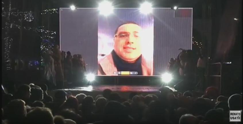 """Renato Usatîi către bălțeni la inaugurarea bradului: """"Bălțiul iarăși a devenit capitala Crăciunului din Moldova"""""""