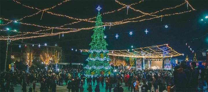Centrul Bălțiului s-a transformat într-o adevărată poveste de Crăciun