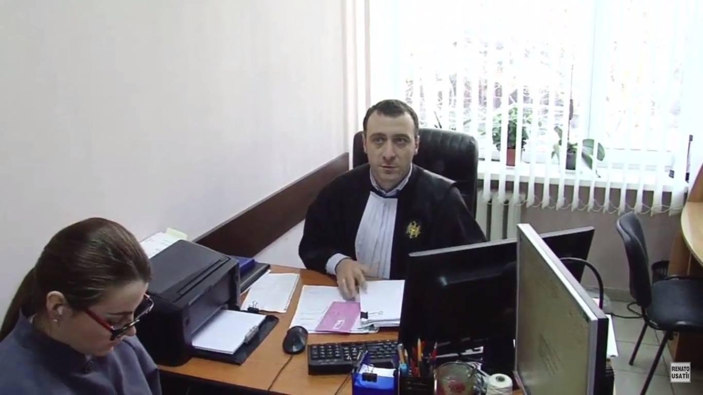 Dezmățul regimului! Părții apărării i-a fost interzis accesul la materialele dosarului penal contra lui Usatîi