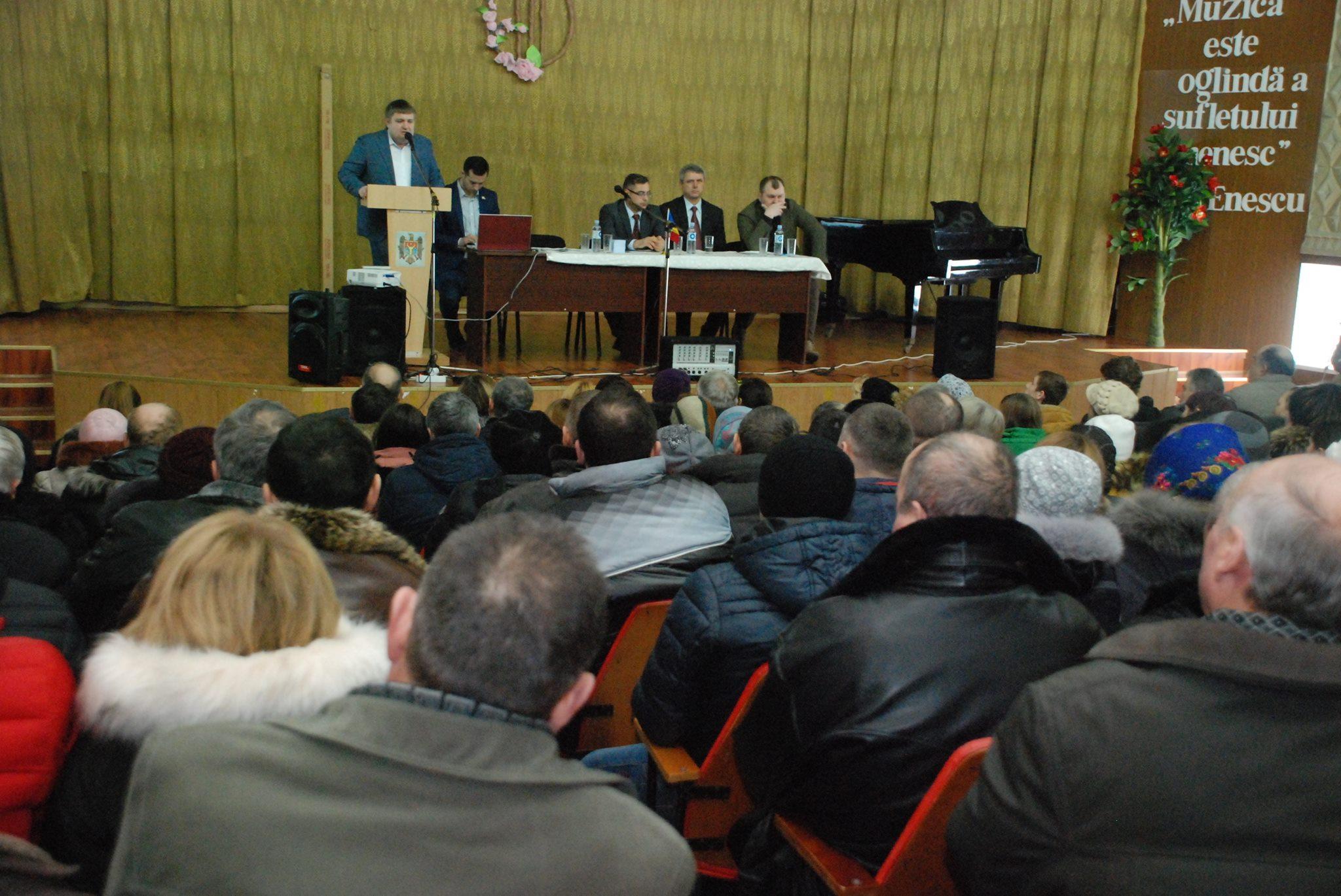 """Rîndurile """"Partidului Nostru"""" s-au completat la Fălești"""