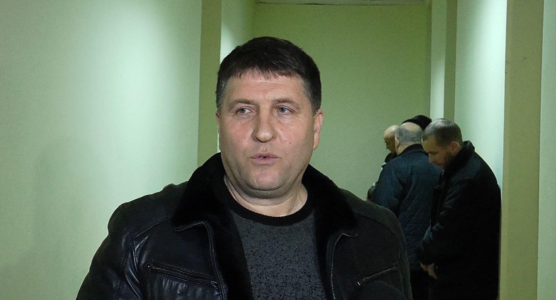 Decizia instanței: Fostul jurist al partidului lui Plahotniuc va continua examinarea cauzei lui Usatîi